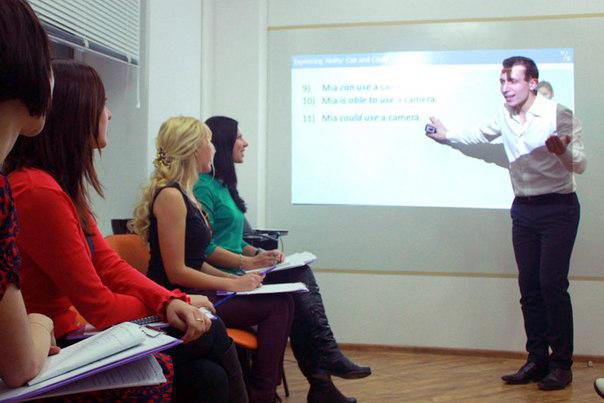 Студенты называют Романа нашим самым строгим преподавателем :)